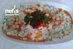 Garnitürlü Salatalık Mezesi Tarifi