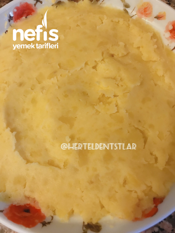 Patates Püresi Yatağında Kabak Meze ( Bol Sebzeli)
