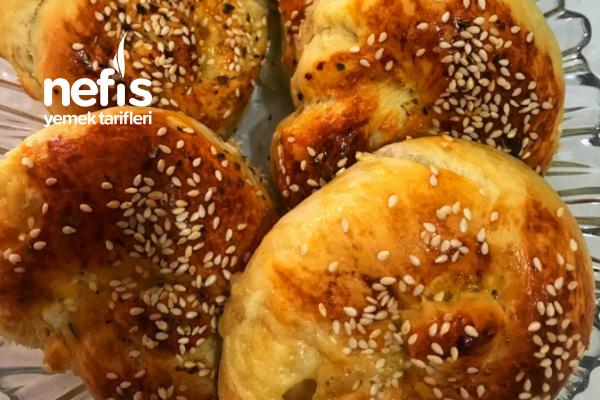 Üç Baharatlı Çörek Tarifi