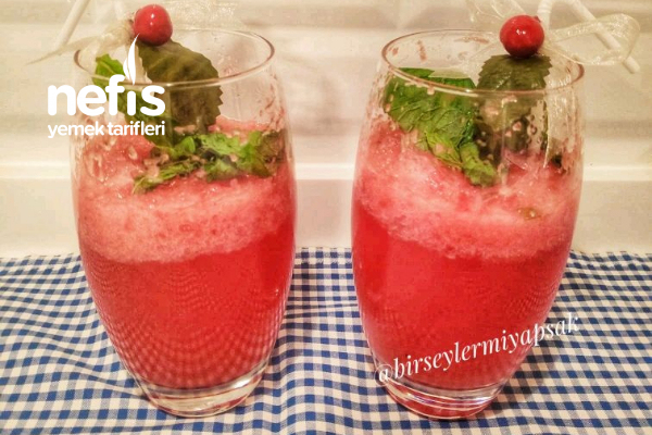 Buz Gibi Karpuz-Soda Kokteyli Tarifi