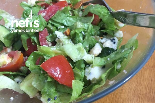 Doyuran Salata Tarifi