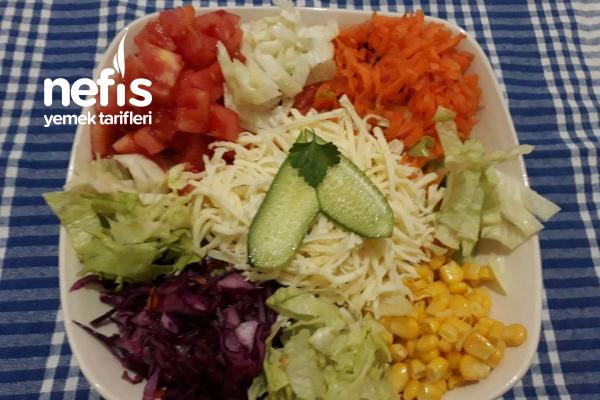 Restaurantlardaki Gibi Salata Nasıl Yapılır?