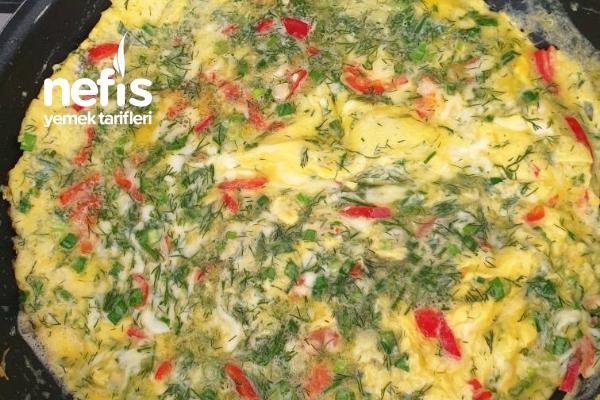 Yeşil Soğanlı Omlet Tarifi