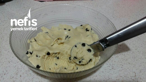 Ağızda Dağılan Enfes Dondurma Kurabiyesi