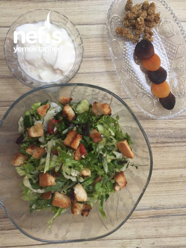 Az Kalorili, Bol Lezzetli Salata