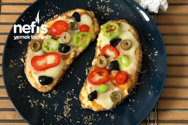 Tavada Yumurtalı Ekmek Pizzası Tarifi