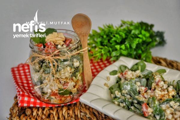Semizotlu Gün Salatası Tarifi