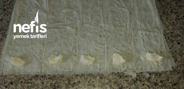 Kaymaklı Muska baklava