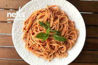 Sarımsaklı Ve Bol Domatesli Spagetti Tarifi