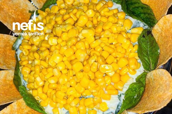 Ispanaklı Erişte Salatası Tarifi