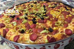 Kenarları Hafif Çıtır İçi Yumuşacık Pizza Tarifi
