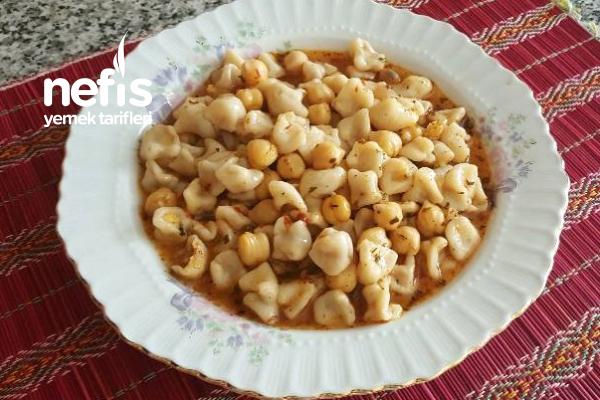 Yüzük (Yüksük) Çorbası (Adana Yöresi) Tarifi