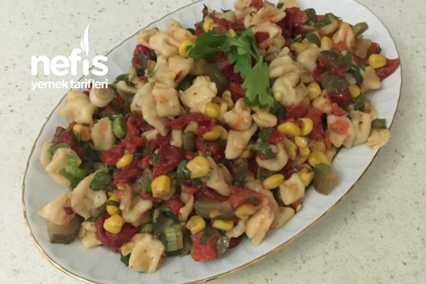 Dolma Mantı Salatası Tarifi