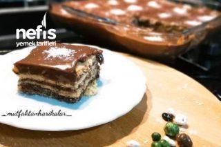 Bisküvili Yaş Pasta Tarifi