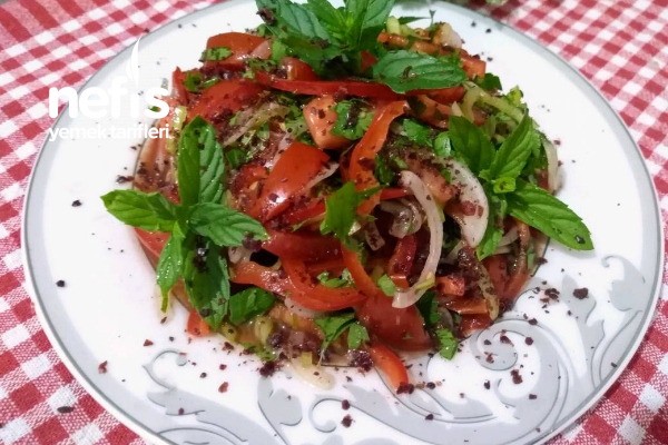 Tezgah Kebapçısı Salatası (Adana Usulü)