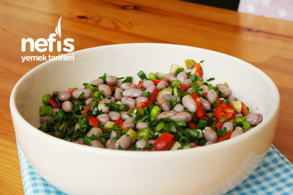 Barbunya Salatası