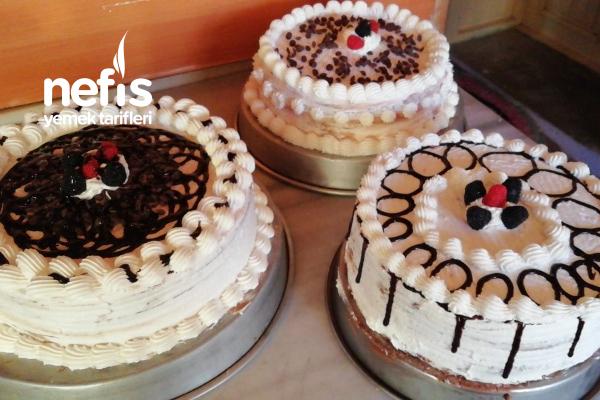 Çocuklu Hanımlar İçin Şipşak Yaş Pasta Tarifi