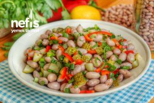 En Lezzetli Barbunya Salatası Tarifi (videolu)