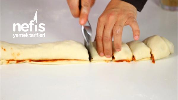 Yumuşacık Pofidik Muffin Pizza
