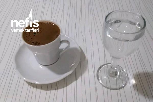 Güllü Lokumlu Türk Kahvesi Tarifi