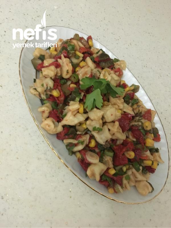 Dolma Mantı Salatası