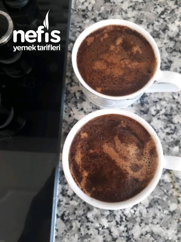 Kafelerde İçtiniz Lezzette Bol Köpüklü Türk Kahvesi