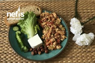 Menemenli Sağlıklı Kahvaltı Tabağı Tarifi