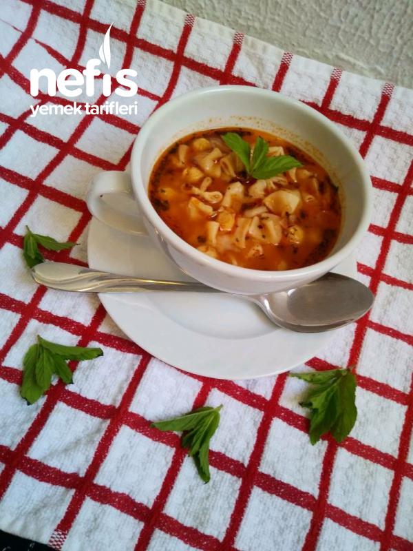 Nefis Mantı Çorbası (Yüzük Çorbası)