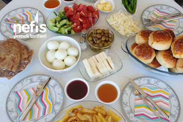Ailece Haftasonu Kahvaltısı Tarifi