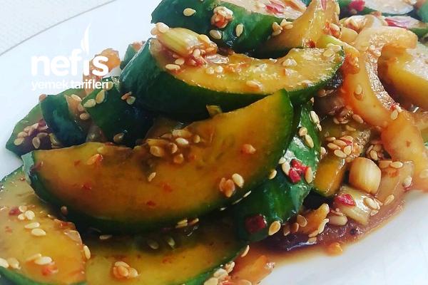 Oi-mochim Kore Usulü Hıyar Salatası Tarifi