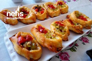 Sucuklu Sandal Börek Pizza Tadında Tarifi
