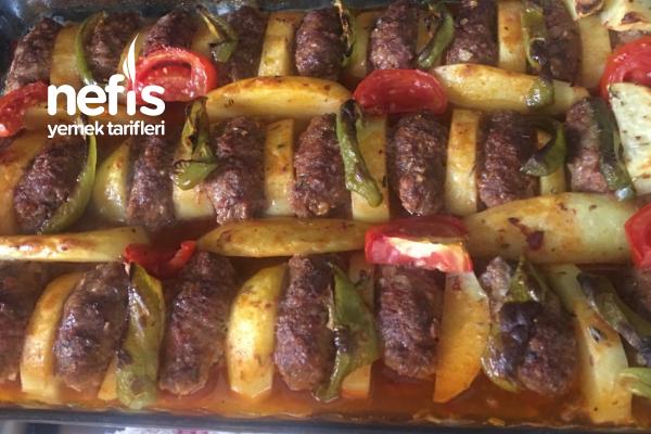 İzmir Köftesi Tarifi