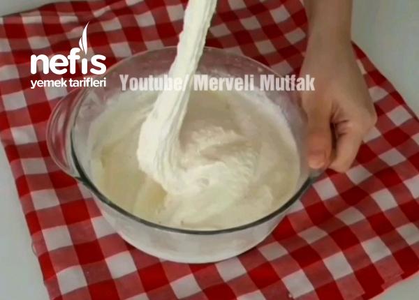 Orjinal Tadında Dövme Dondurma ( Uzadıkca Uzayan Lezzet )