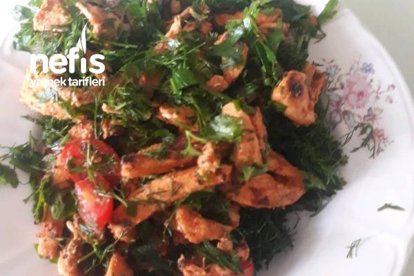 Tavuk Salata Tarifi