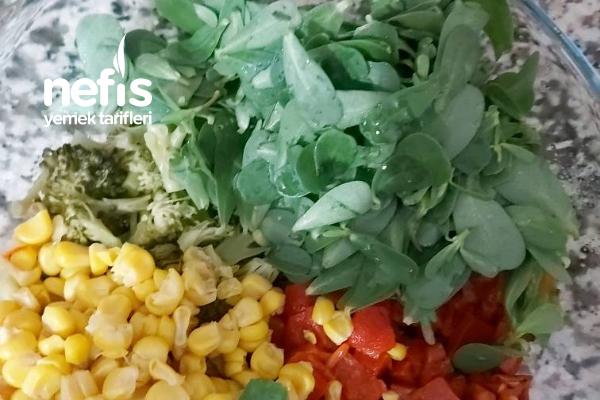 Bol Vitamin Enfes Tat Yoğurtlu Semizoğlu Brokoli Salatası