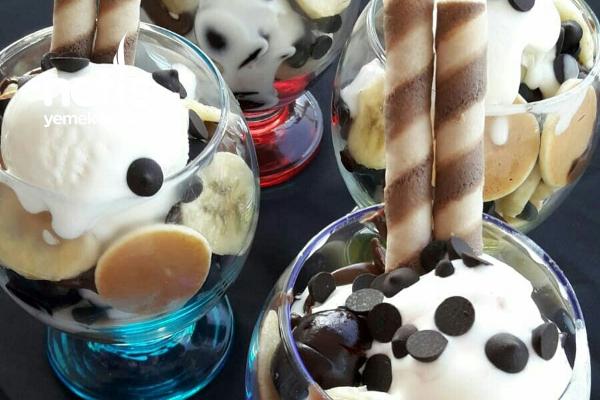 Kupda Dondurmalı Çikolatalı Mini Pankekler (10 Dakikada)