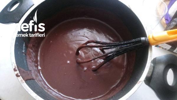 Çikolata Pudingli Karamelli Tart