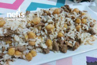 Etli Nohutlu Pirinç Pilavı Tarifi