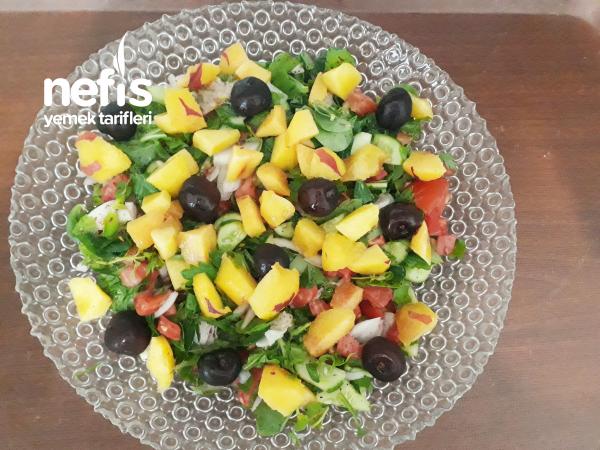 Hem Tatlı Hem Ekşi Salata