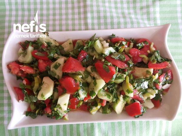 Sirkeli Salata ( Zeytinyaglilarin Yol Arkadaşı)
