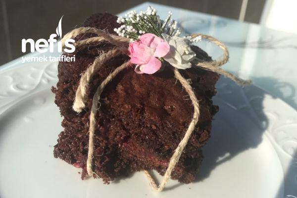 Vişneli Brownie Kek (Efsane Lezzet) Tarifi