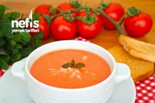domates çorbası yanına ne gider