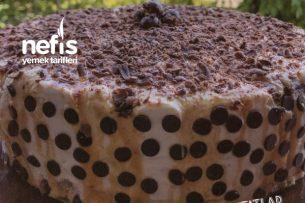 Karamel Soslu Çikolatalı Bomba Pasta (En Kolayından) Tarifi