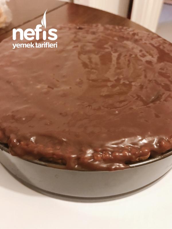 Karamel Soslu Çikolatalı Bomba Pasta (en Kolayından)