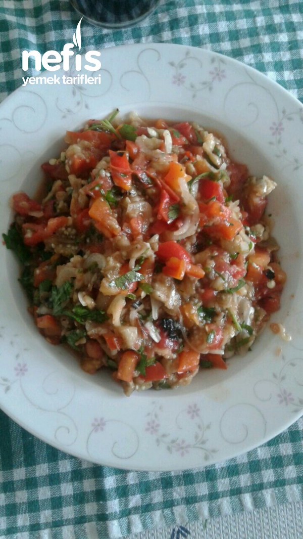 Közlenmiş Sebze Salatası