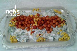 Semiz Otu Salatası Mısırlı Bulgur Köfteli Tarifi