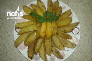 Soslu Fırında Patatesler Tarifi