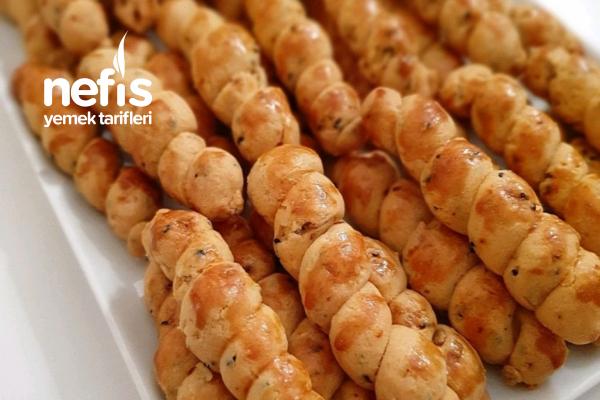 Çörek Otlu Mahlepli Tuzlu Kurabiye Tarifi