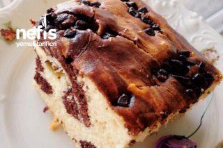 Kakaolu Ve  Bitter Çikolata Parçalı Kek Tarifi
