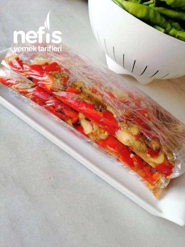 Közlenmiş Patlıcan-biber Salatası